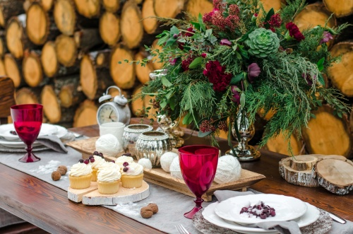 Wedding table. Beautiful winter decorations